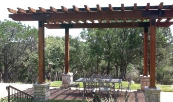 Castle Rock Pergola Picture