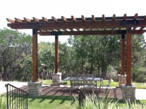 5280 Landscaping and Design is Castle Rock's premier landscaping company.  The 5280 team is made up of experts in designing and building custom decks, patios, pergolas, gazebos and other hardscaping structures.